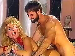 Classic ladies sucking the lucky balls of the horny beardman