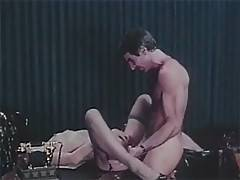 Retro man goes fucking horny and crazy by pussy dancing lady