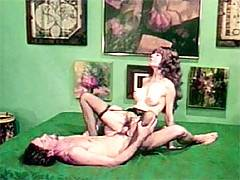 John Holmes seduces his female neighbour to get some pussy