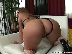 Bubble butt Latina spreads her cheeks!  - Satine Phoenix, Justin Slayer